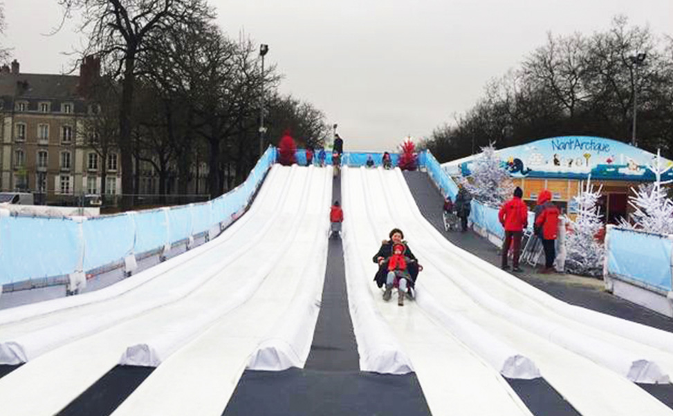 Six-lane Xtraice synthetic ice Slide